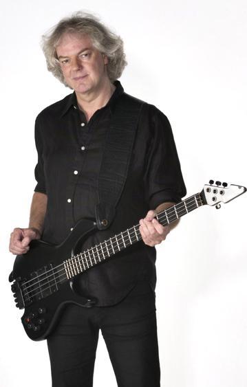 http://www.whitesnake.f9.co.uk/images/Neil03.jpg